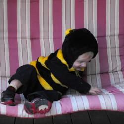 Baby gekleed als bij